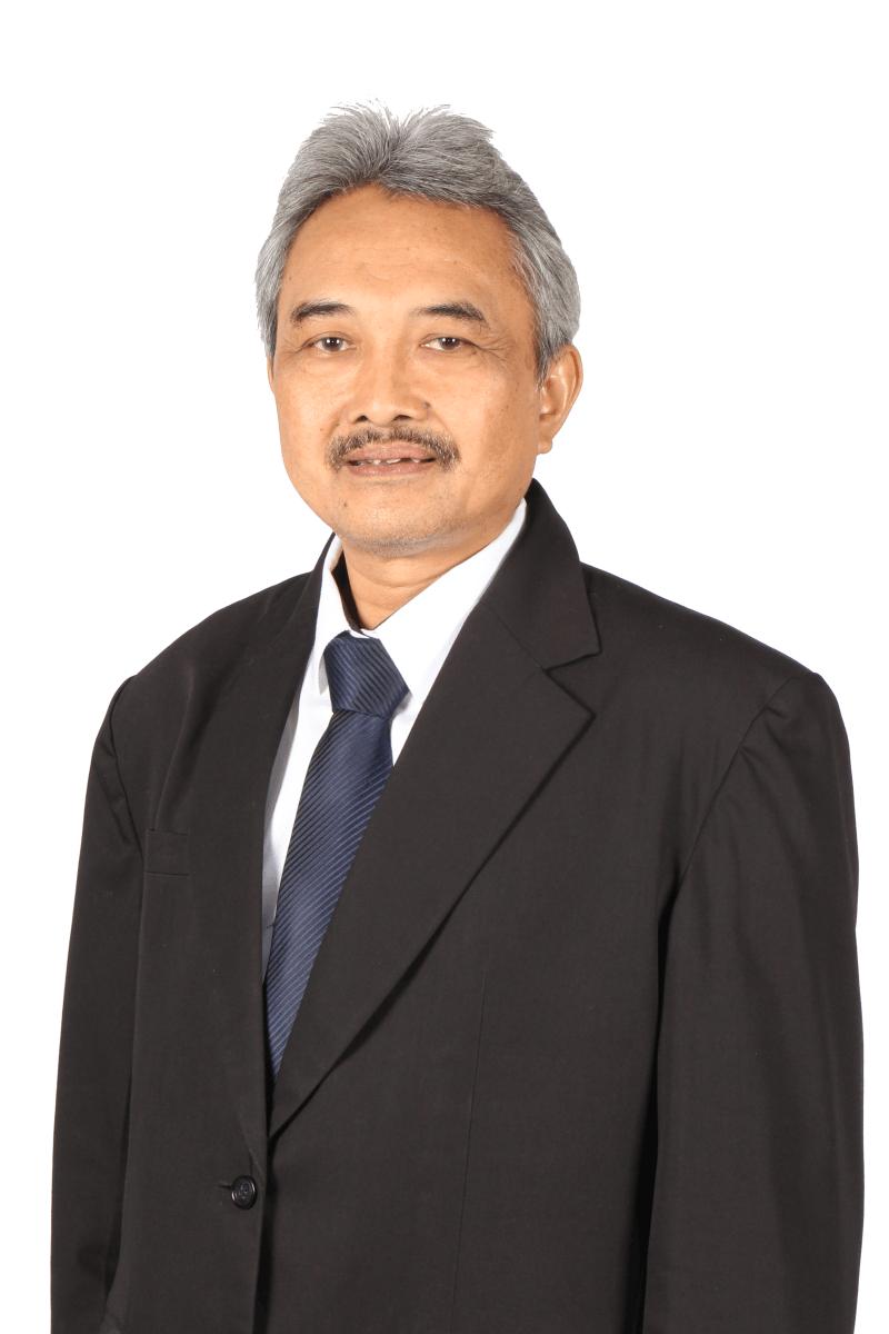 Pak Djauhari bg white